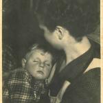 Werner Greiffendorff als Kind mit seiner Mutter>