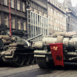Sowjetische Panzer in Prag>